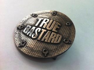 """пряжка на ремень """"true bastard"""""""