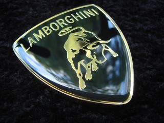 "шильд на авто ""lamborghini"""